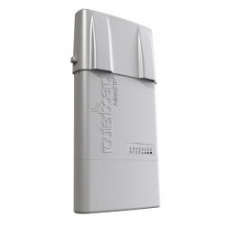 MikroTik RouterBoard BaseBox5 (RouterOS Livello 4) con Iniettore PoE