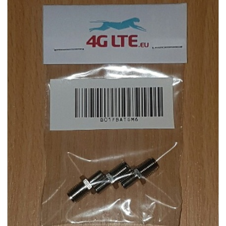 Eine Reihe von 3 x SMA-Buchse, TS-9-Stecker Adapter