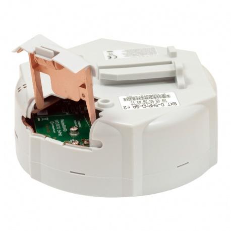 MikroTik RouterBoard SXTG 5HPnD SA Sector (RouterOS Nivel 4) con Gbit PoE y fuente de alimentación